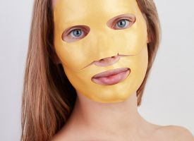 Hydrogel gold face mask